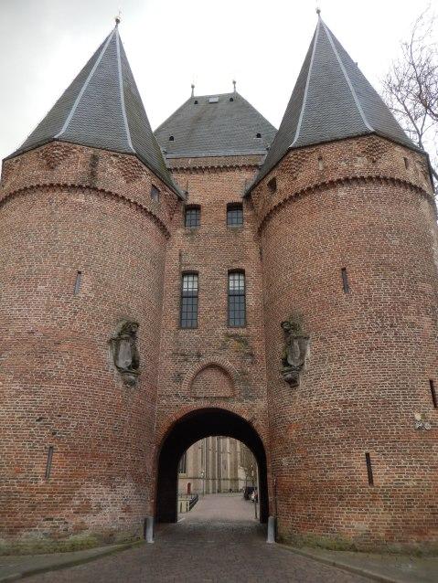 he Koornmarktspoort in Kampen (built probably around 1380-1389)