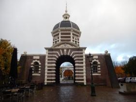 The Morspoort in Leiden (1669)